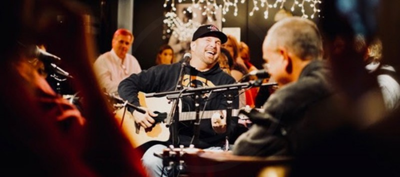 GARTH'S SPECIAL SHOW AT THE BLUEBIRD CAFE