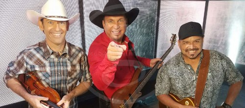 GARTH BRINGS 'PURE ADRENALINE' TO SEC FOOTBALL